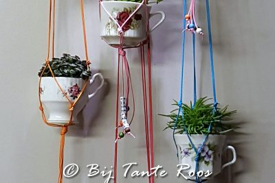 Een mini hanging basket knopen